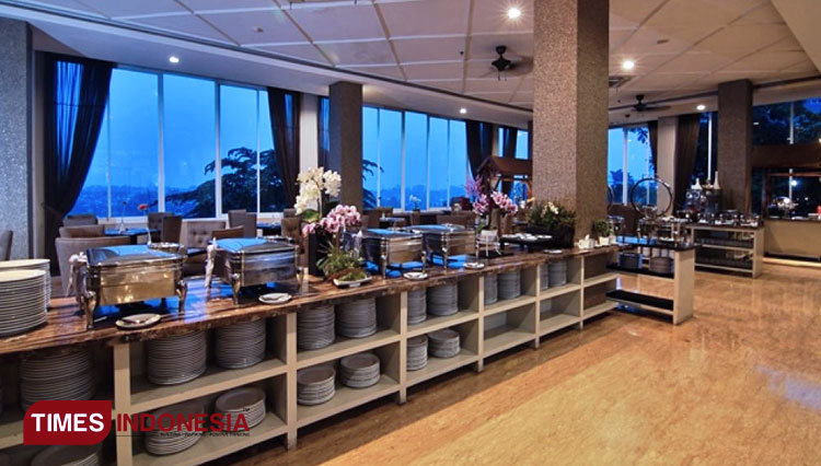 Experience a Nice Buffet Style Ifthar at Royal Hotel Bogor