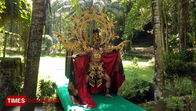 Model Jember Botanical Parade a