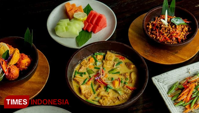 Experience Iftar By The Beach with Ketapang Indah Hotel