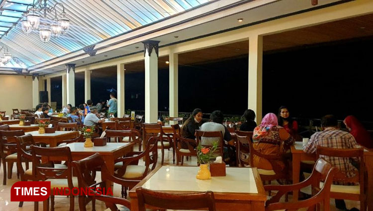 Have a Nice Dining at Sky View Restaurant of Royal Tretes View Hotel