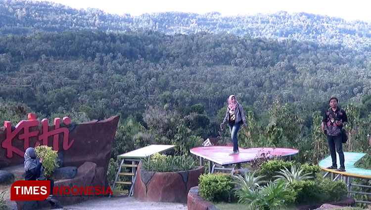 Kehi Hill Offers the Beauty of Pamekasana from Above