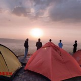 Pitch Your Tent at GlodakanHill Tuban and Enjoy the Exotic Scenery