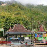 Get an Exotic Experience at Tirto Husodo Hot Spring Water