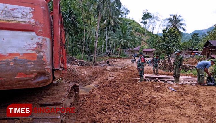 The Excavator at TMMD South Tapanuli Will Keeps Working Till the End