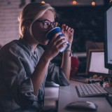 Tea or Coffee, Which One is Better for Overtime Work