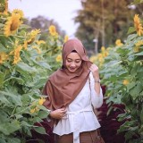 Visit this Farm and Admire the Beauty of All Blooming Sunflower